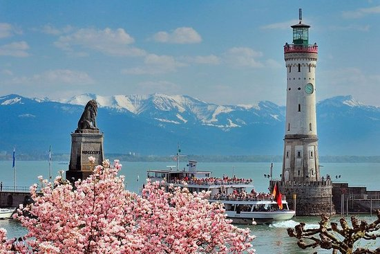 Day tour Insel Lindau with city tour and Bregenz floating stage ...