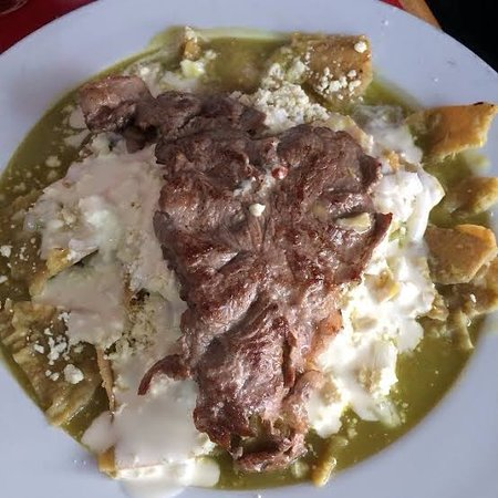 Cancun, Mexico: Carne asada con enchiladas  $75 pesos Incluye sopa de entrada y un vaso de agua fresca de Jamaica, horchata o tamarindo