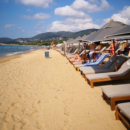 spiaggia attrezzata privata