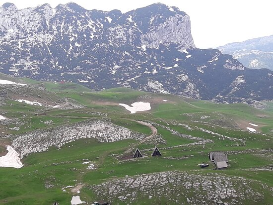 Durmitor, katuns, summer cottages, Panoramic road