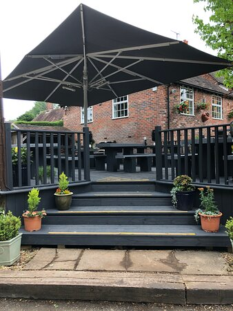 Bolney, UK: Newly refurbished decking