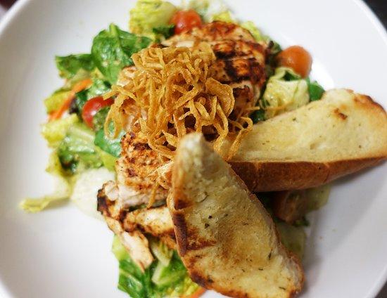 Bocconcini & Tomatoes Salad