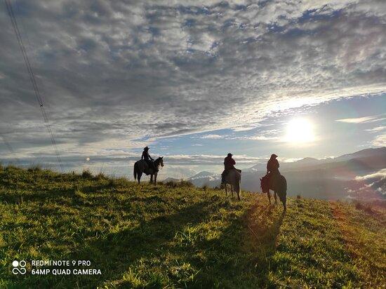 San Francisco de Borja, Ecuador: Ver el amanecer desde el lomo de un caballo
