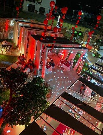 Il giardino a tema per evento..gioco di luci