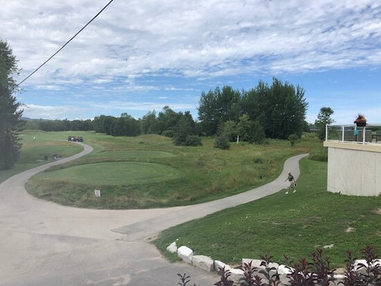 Collingwood, كندا: View to the first tee