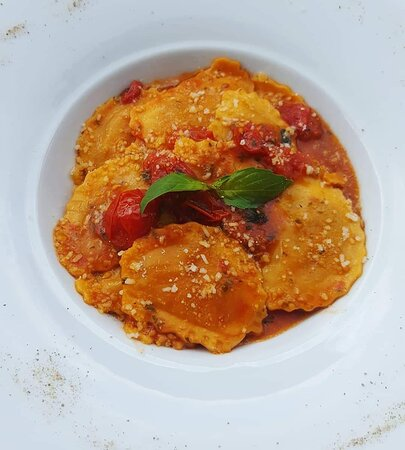 Ravioles (Mozzarella, Tomates et Basilic)