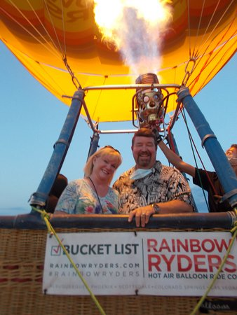 Phoenix Hot Air Balloon Ride at Sunrise: Ready to leave!