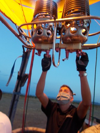 Phoenix Hot Air Balloon Ride at Sunrise: Pilot Jessie Newcomer was such a nice guy and a great pilot.