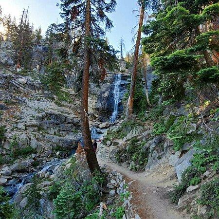 Huntington Lake, كاليفورنيا: Rancheria Falls