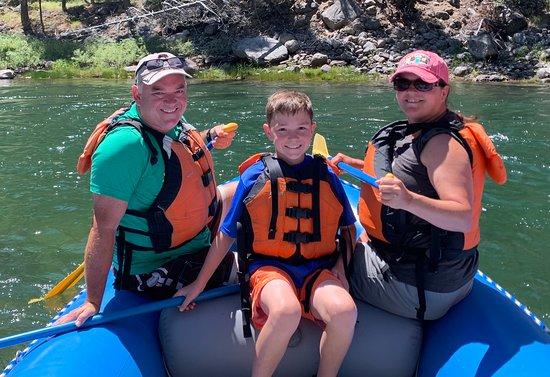 Meio dia de aventura guiada de rafting: A good time for the whole family