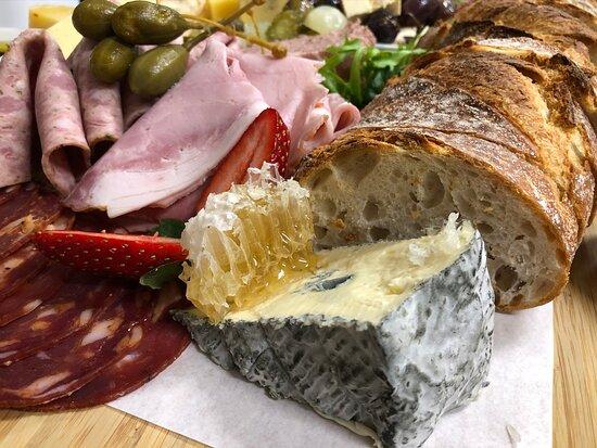 Duckett's Mill Winery and Denmark Farmhouse Cheese