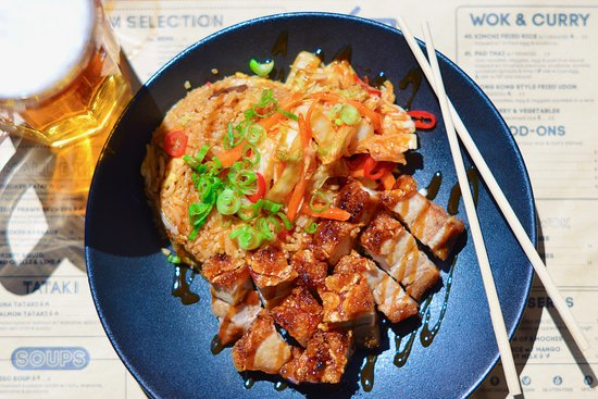 finger-licking good pork belly with fried rice and a side of kimchi, just yummy!