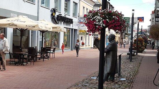 Skulpturen på Riddargatan i Gamla stan.