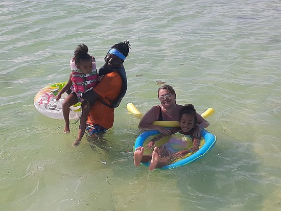What a great day snorkelling and sandbar experience.
