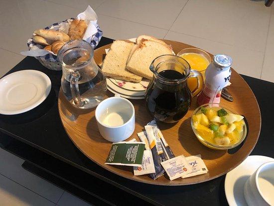 Desayuno en el cuarto! Excelente!
