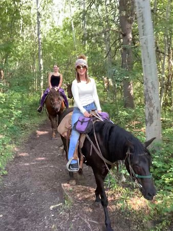 Horseback riding and a delicious dinner!