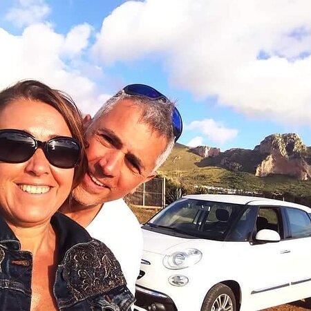 Sicily, Italy: Tambien de La Toscana en un auto de alquiler a traves de Europa en Auto