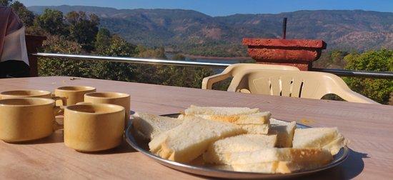 Hotel Shivneri Agro Tourism, Tapola - Breakfast