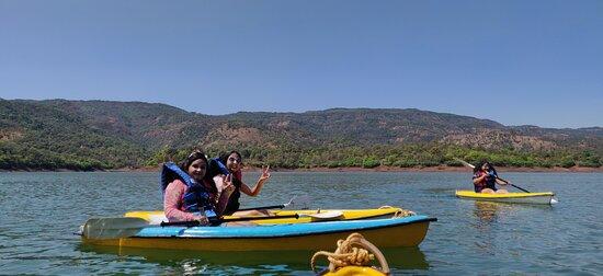 Hotel Shivneri Agro Tourism, Tapola - Kayaking