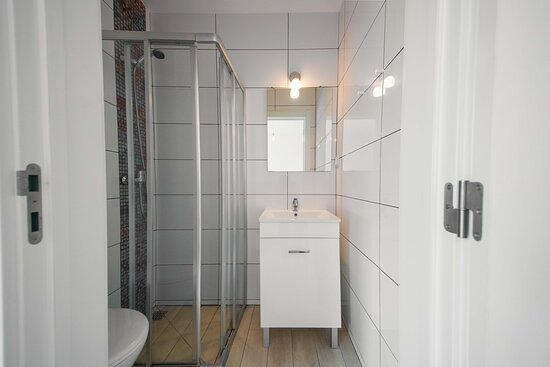 Sailor's House in Lagos - Private Bathroom