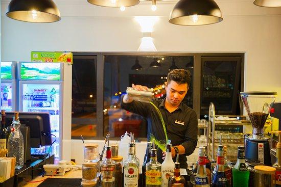 Kien Giang Province, เวียดนาม: Bartenders