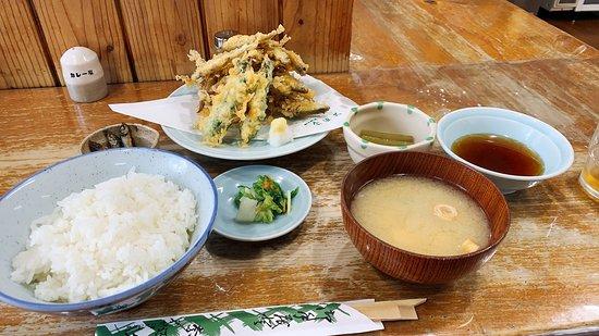 ワカサギの天ぷら定食