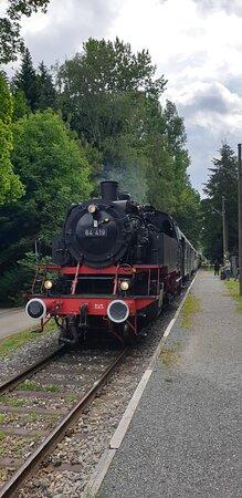 Einfahrt im Bahnhof Welzheim