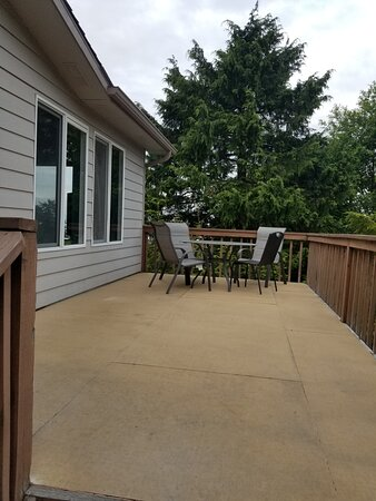 Roomy Outside Deck with Table and Chairs