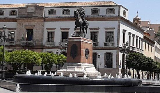 Monumento al Gran Capitan