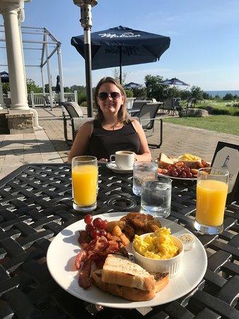 Kemble, Kanada: complimentary breakfast