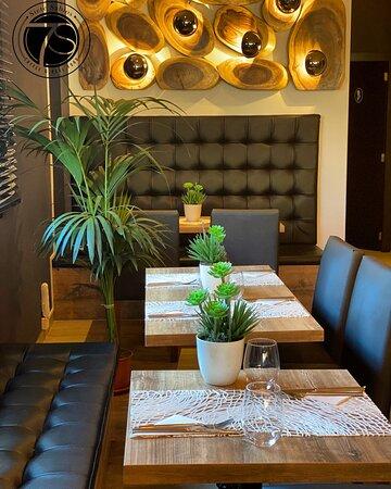 Elige tu rincon preferido y planifica tu cena, almuerzo ó brunch más romantico. A un precio sorprendente!!