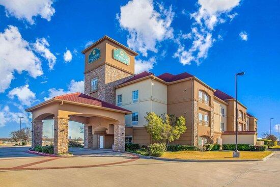 La Quinta Inn & Suites by Wyndham Belton - Temple South