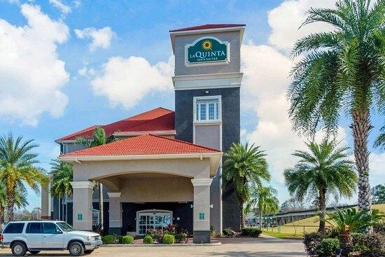 La Quinta Inn & Suites by Wyndham Lake Charles Casino Area