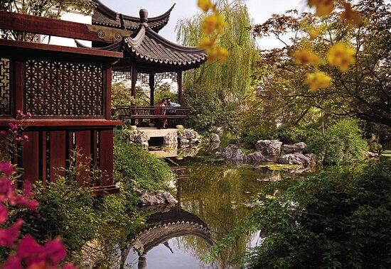 Four Seasons Hangzhou at West Lake