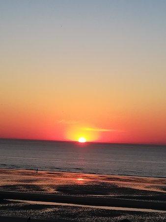 vue de la terrasse du coucher de soleil