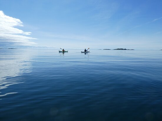 Whitefish, Canada: Exploring the islands farther out on a calm day.