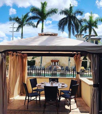 Poolside cabana dining