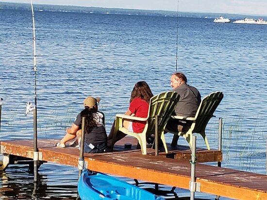 Bridgeport, NY: Family time on the lake