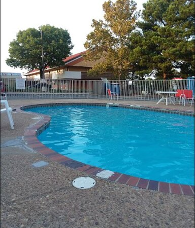 The Largest Outdoor Hotel Motel Pool in Little Rock