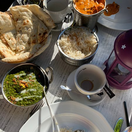 Lekker!! Neem vooral de Indian Chai!