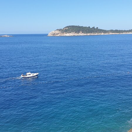 MG Travel Agency grujicmilo@gmail.com 00385953533781  Viber 2019 Mercedes-Benz Vito Tourer/7 seats  Private day tour  from Dubrovnik   Peljesac wine tour Montenegro Airport Transfer Panorama Private boat tours in Dubrovnik Kayak Tours in Dubrovnik https://t.co/0rn0Gb7cLj https://t.co/wF3508OEyR