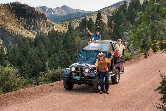 Jeep Tour - Foothills & Garden of the...
