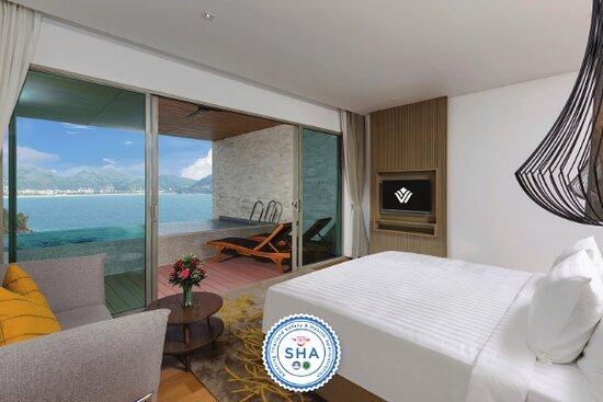 Pool Suite Ocean View