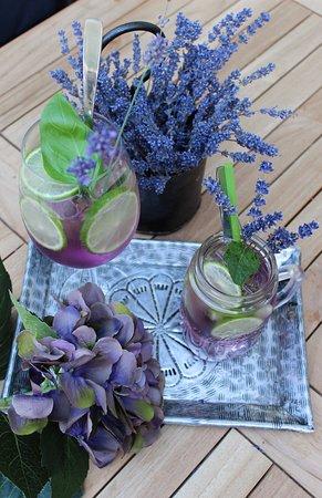 Lavendel Limonade & Lavendel Spritz