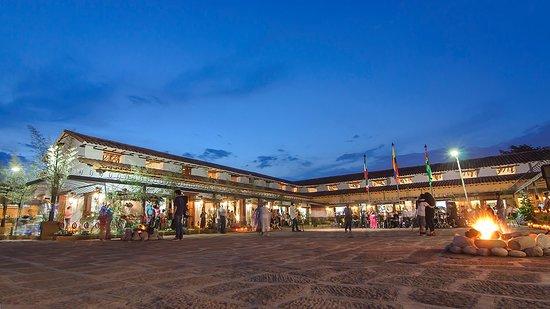 Piedecuesta, Κολομβία: Plaza interior de espectáculos artísticos, ferias y formaciones, Casona  el Tabacal, la más linda de Santander.