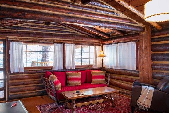Sloans cabin living room