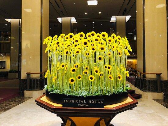 ロビーの装飾花。