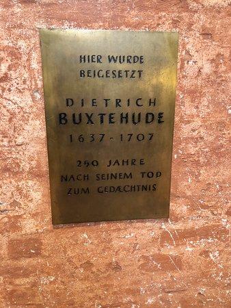 Marienkirche - interior, plaque commemorating famous composer Dietrich Buxtehude.