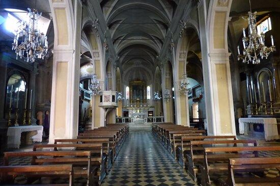 Interno Pieve di San Giovanni Battista, Pieve Fosciana, Italy