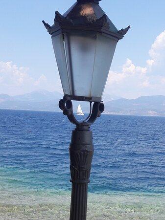 Lampiri, Greece: 素晴らしい海